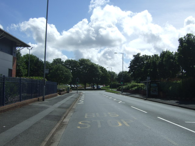Bus stop on Bilford Road