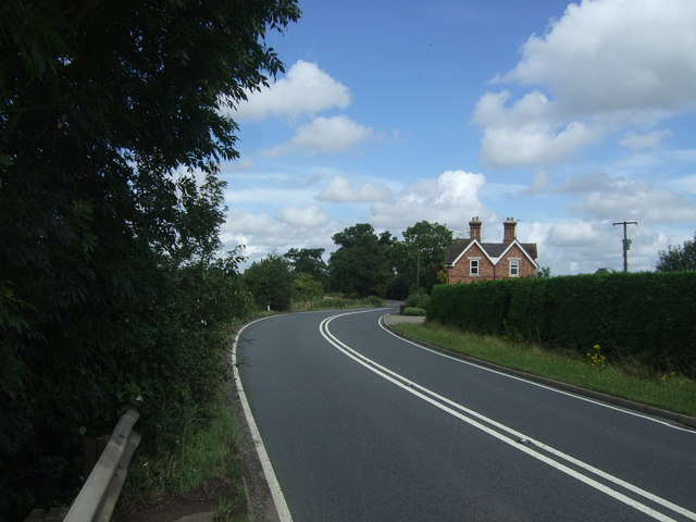 Bend in the A4538 towards Droitwich