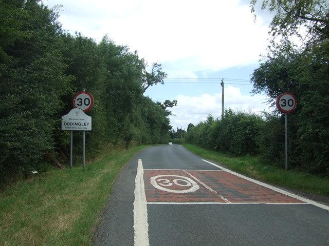 Entering Oddingley