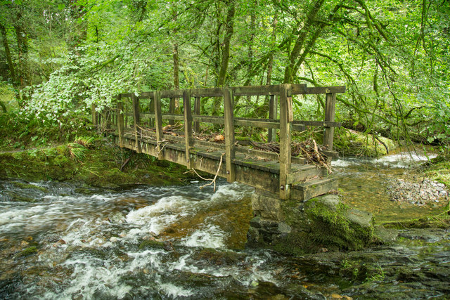 Footbridge over the Lyd