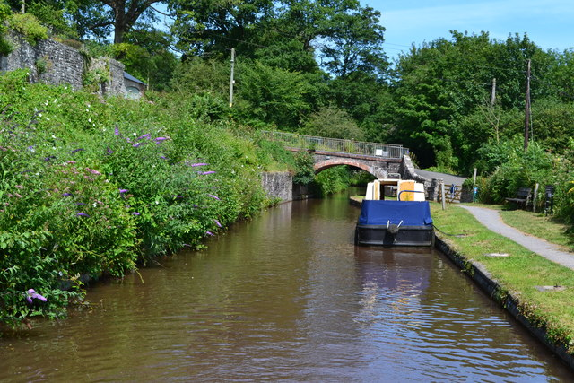 Monmouthshire and Brecon Canal at Dardy