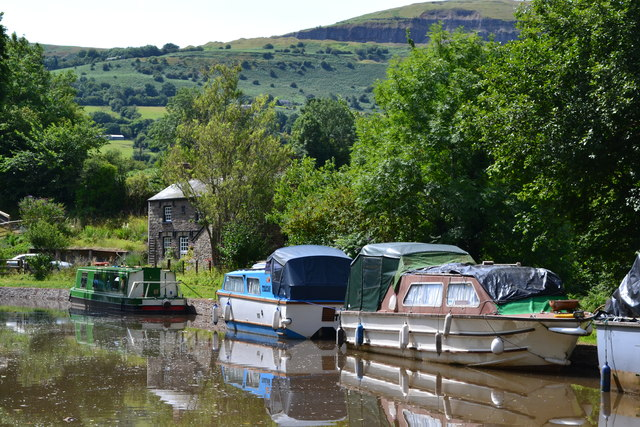 Monmouthshire and Brecon Canal approaching Llangattock