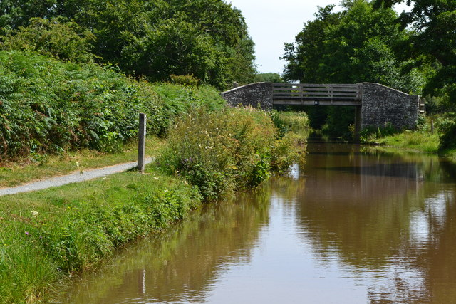 Monmouthshire and Brecon Canal near Bridge No. 111