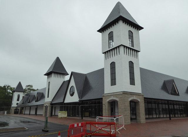 Trago Mills - new building