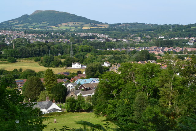 View over Llanfoist from the wharf