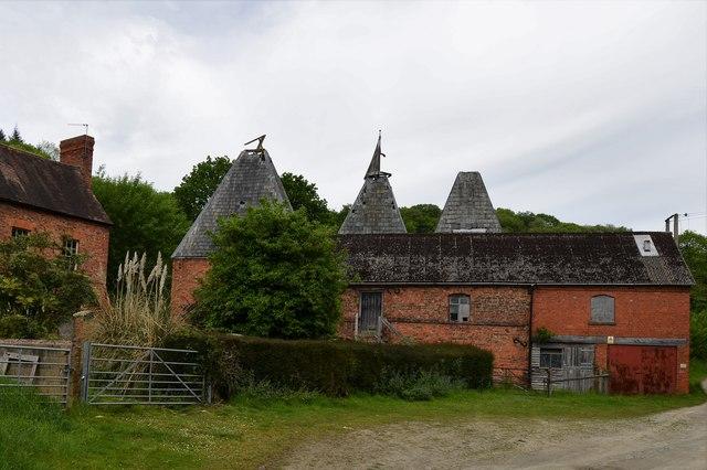 Upper Mitchell Farm, derelict oast house 1