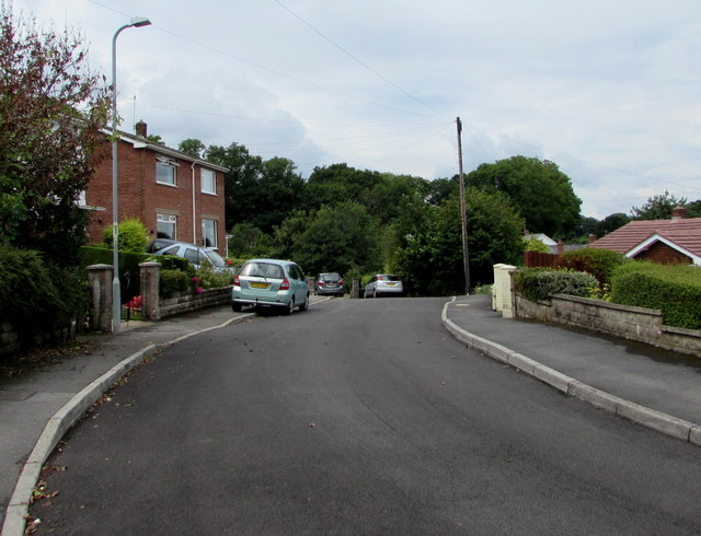 Western end of Linden Grove, Govilon