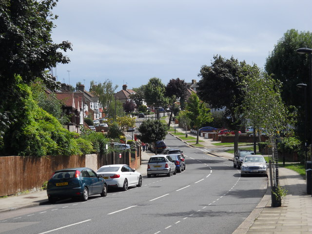 Wade's Hill, Winchmore Hill