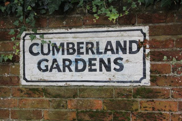 Cumberland Gardens sign