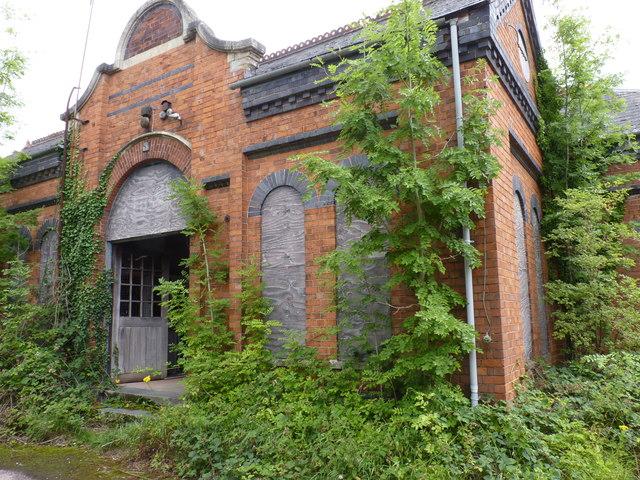 Derelict Building, Burcot (side)