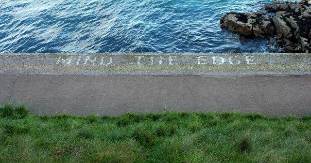 Mind the edge, Brixham