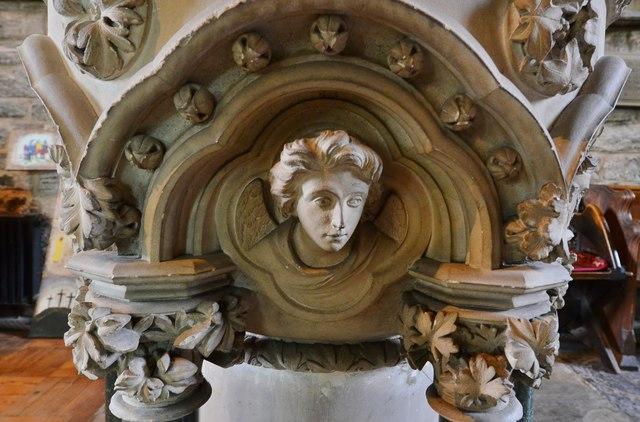Ledbury, St. Michael and All Angels Church: The 1850 Sir George Gilbert Scott stone  font 2