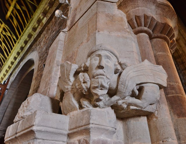 Ledbury, St. Michael and All Angels Church: Winged lion fighting a manticore 1