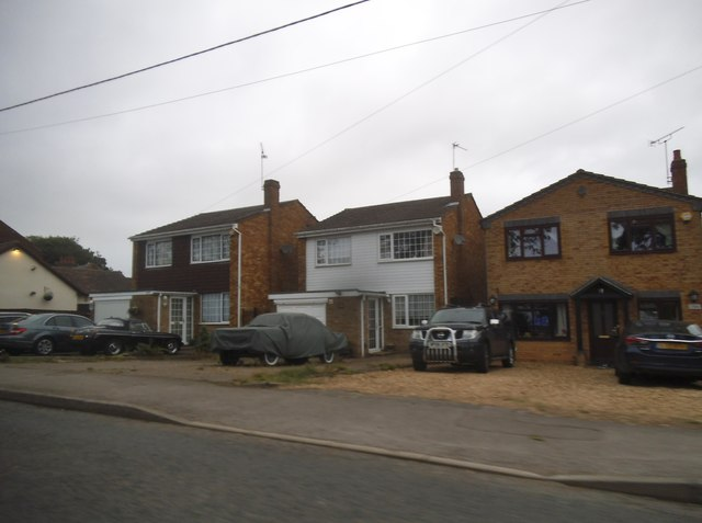 Houses on Common Road, Kensworth
