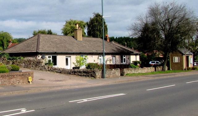High Street bungalows and bus shelter, Aylburton