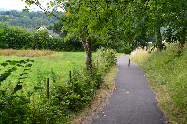 Path linking the canal with Bevan's Lane