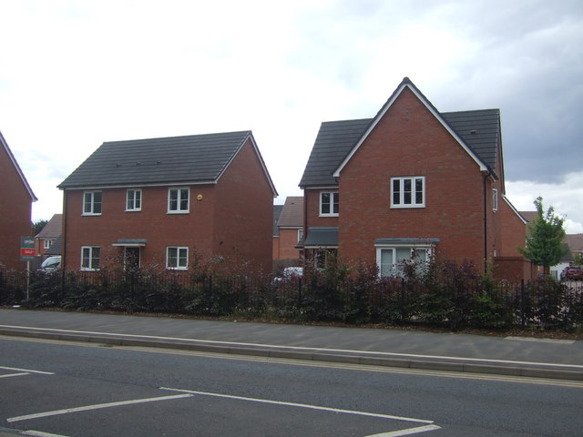 Houses on Groveley Lane