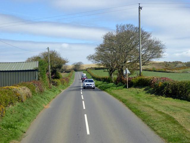 Road past Leechmore Farm