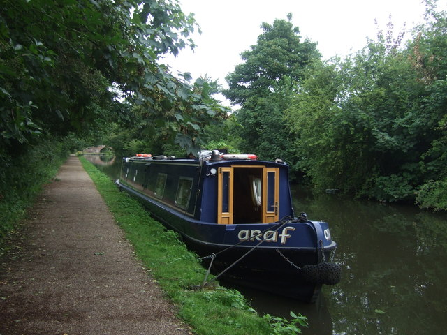 Narrow boat Araf on the Worcester and Birmingham Canal, King's Norton