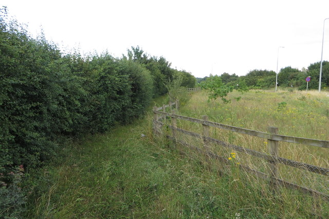 Bridleway by the side of the A43