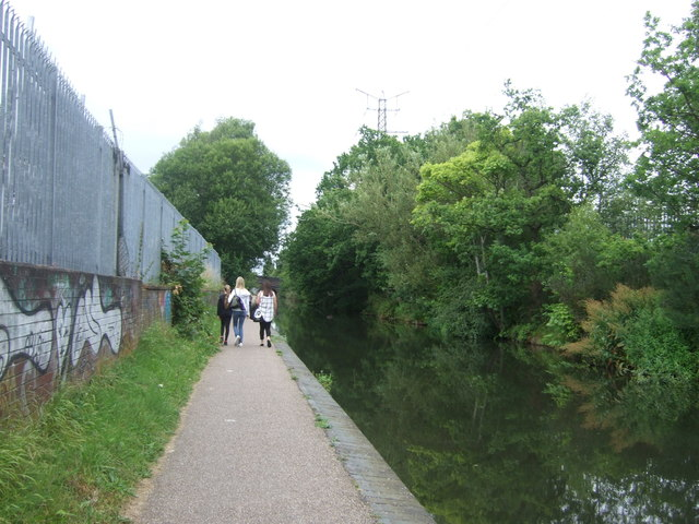 Path beside the Worcester and Birmingham Canal