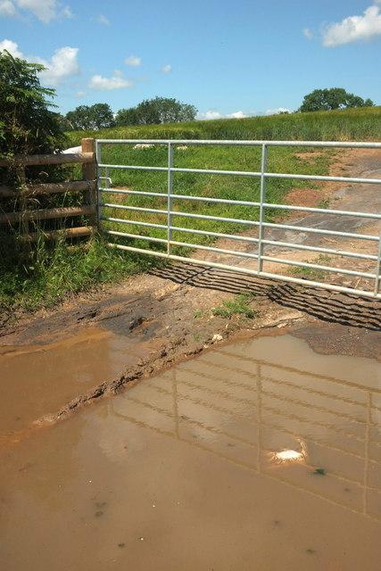 Wet gateway, Spanish Lane End