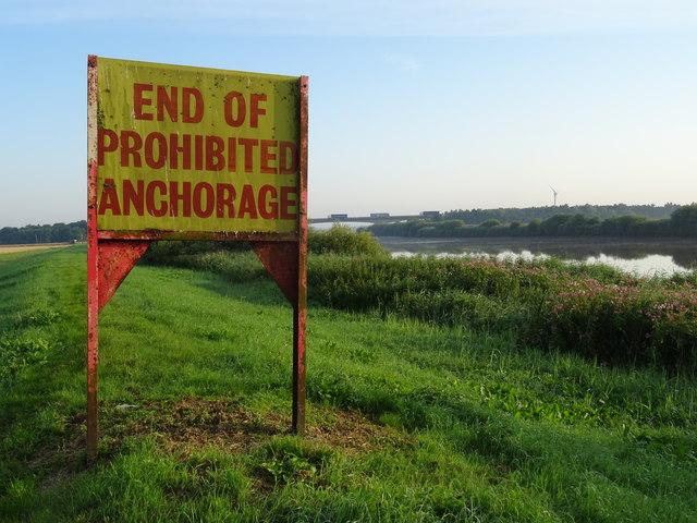 Navigation Signage on banks of River Trent West Butterwick
