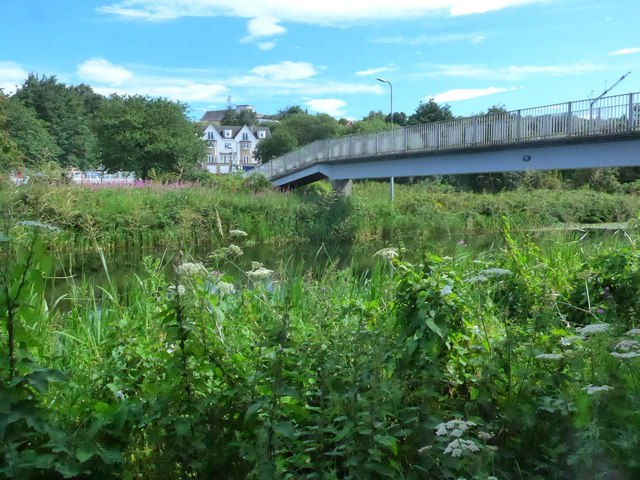 Footbridge over the Forth & Clyde Canal