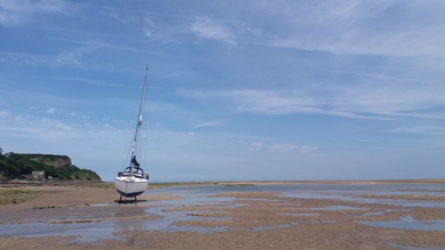 Yacht moored at Red Wharf Bay/Treath Coch,  Anglesey