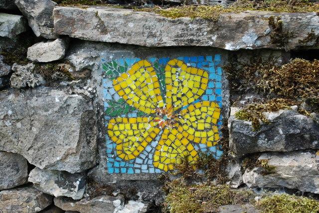 Mosaic in drystone wall near Hawes