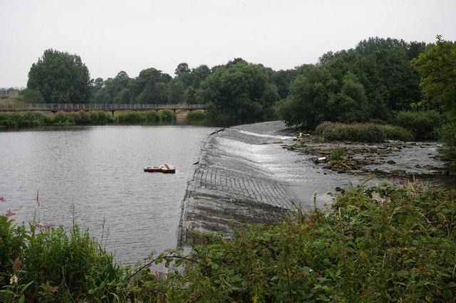 Weir on the River Calder, Dewsbury