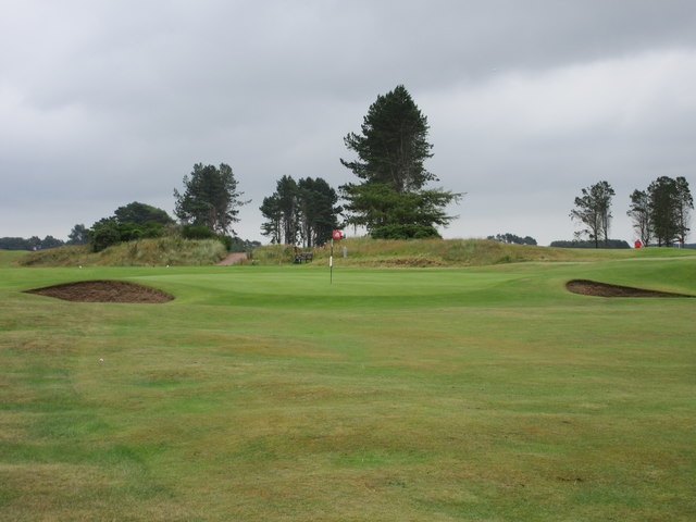 Monifieth Ashludie 2nd hole, The Moss