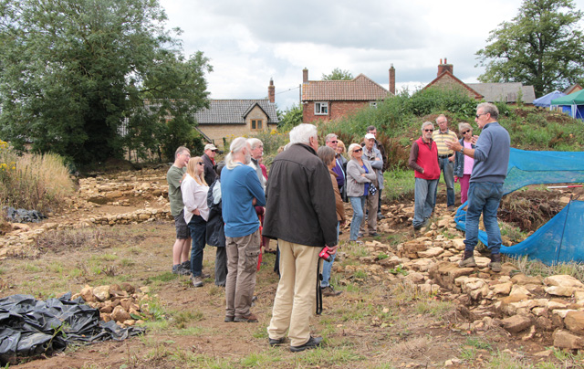 Croxton Kerrial 12thC Medieval Manor House: excavations (1)