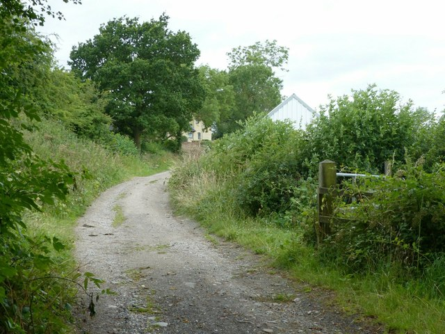 Long distance footpath junction