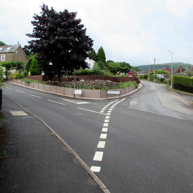 Junction of Station Road and Derwen Deg, Govilon