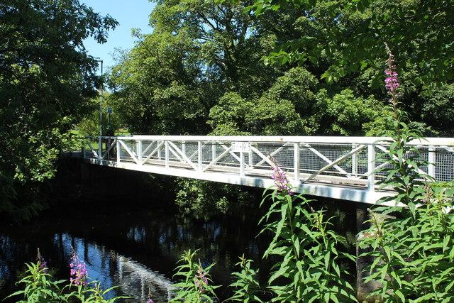 Footbridge over the Fleet