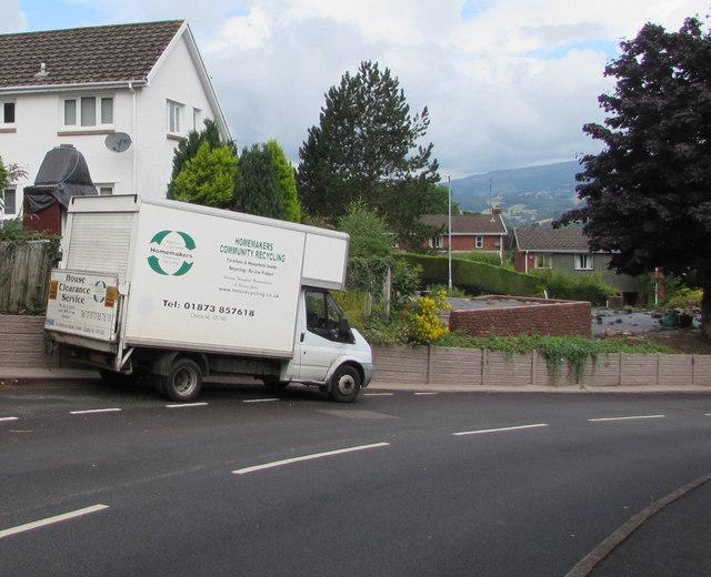 Homemakers Community Recycling vehicle, Derwen Deg, Govilon