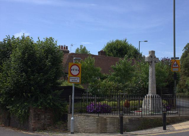 Merstham war memorial