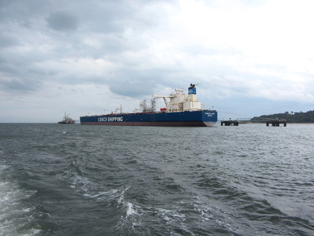 Oil tanker Cosrich Lake at the Hound Point terminal