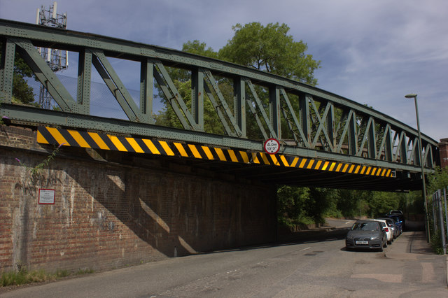 Nutfield Road railway bridge, South Merstham
