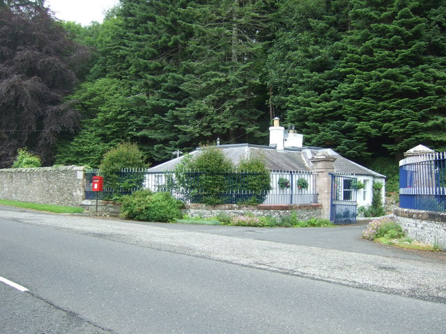 Lodge on the A72, Torwoodlee