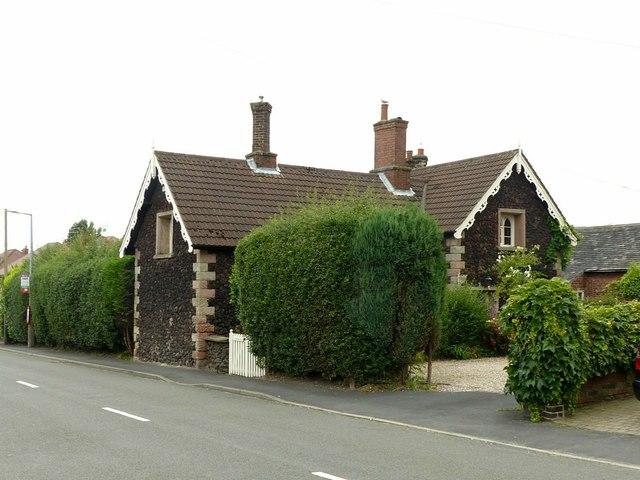 Cinder Cottage on Station Road, West Hallam