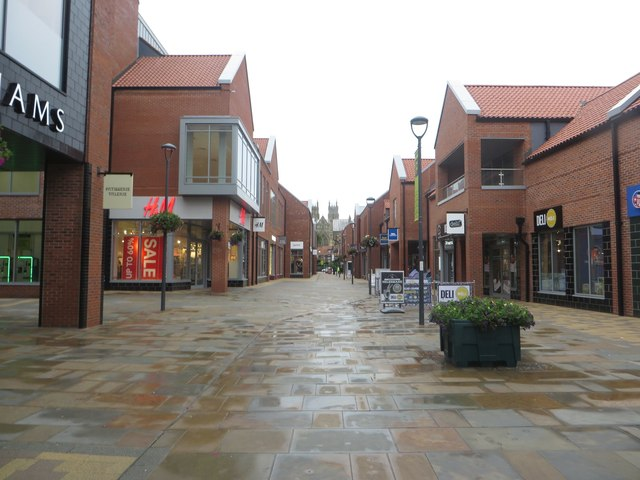 Shopping area, Flemingate, Beverley