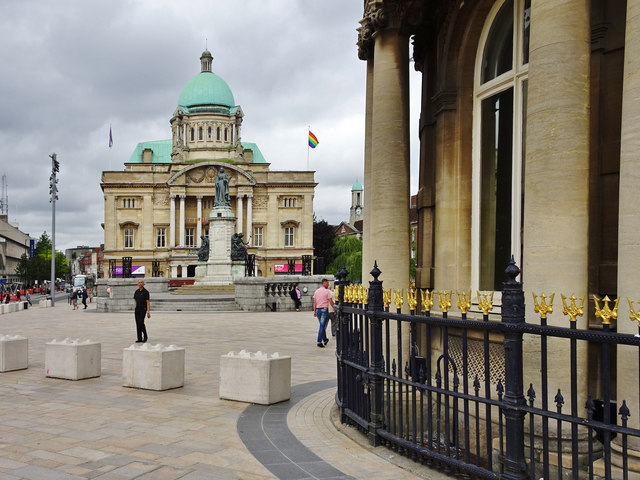 Queen Victoria Square, Kingston upon Hull