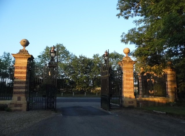 Gates at the entrance to Childwick Green