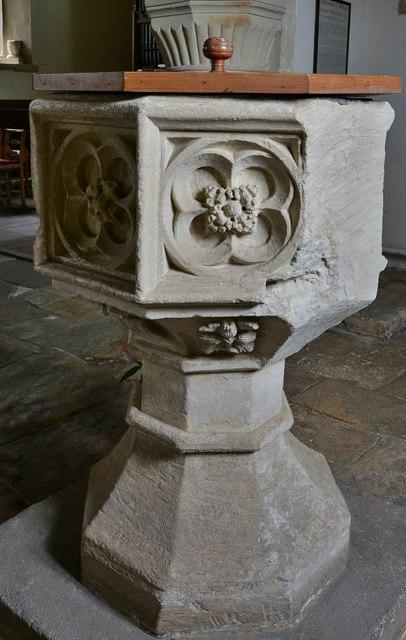 Little Barrington, St. Peter's Church: The font 2