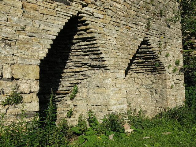 Skears lime kilns - arches of kiln 3