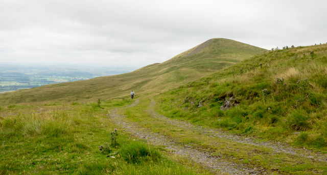 Hill road above Gasdale
