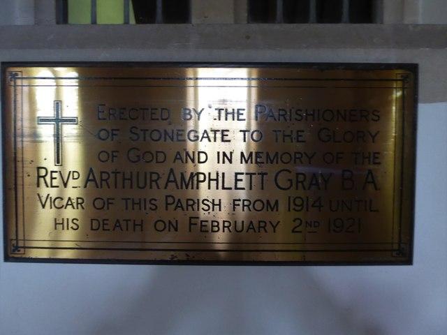St. Peter, Stonegate: memorial (4)