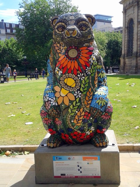 Birmingham Big Sleuth Sweet William Bear